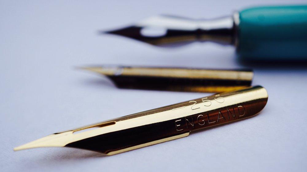3 calligraphy pen nibs